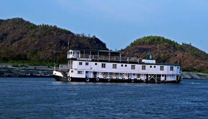 India River Cruise